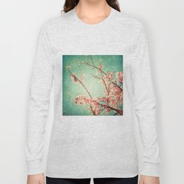 Pink Autumn Leafs on Blue Textured Sky (Vintage Nature Photography) Long Sleeve T-shirt