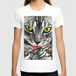 Grooming Tabby Cat T-shirt