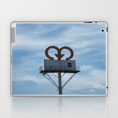 Symbol Laptop & iPad Skin