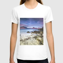 Beach Scene - Mountains, Water, Waves, Rocks - Isle of Skye, UK T-shirt