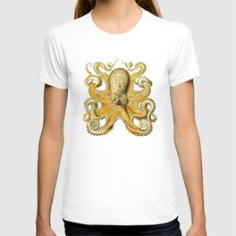 animal art forms in nature clips T-shirt