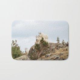 Three Ami-Goats // Scenic Hike Animals Photograph Colorado Wildlife National Park Mountain Goats Bath Mat