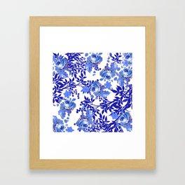 BLUE AND WHITE ROSE LEAF TOILE PATTERN Framed Art Print