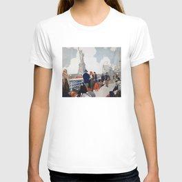 Vintage Immigrants & Statue of Liberty Illustration (1917) T-shirt