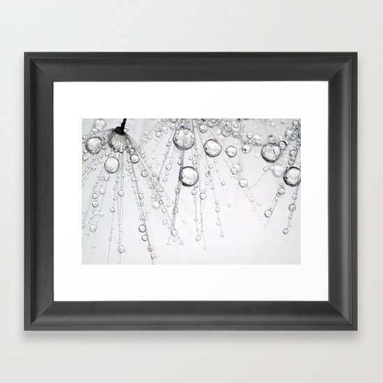 Chainmail Dandy Drops Framed Art Print