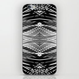 PRETTY BLACK & WHITE LINE PATTERN II iPhone Skin