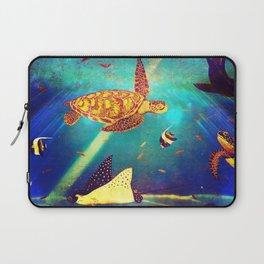 Beautiful Sea Turtles Under The Ocean Painting Laptop Sleeve