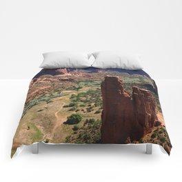 Spider Rock - Amazing Rockformation Comforters