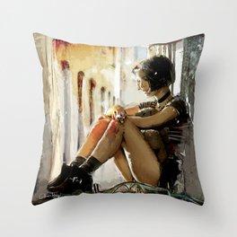 Mathilda - Leon the Professional Throw Pillow