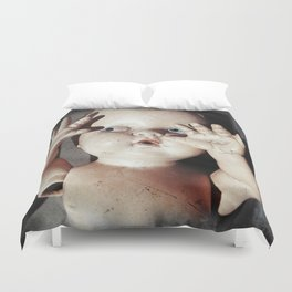 """""""I see you"""" Creepy Scared Doll with Hands Up Duvet Cover"""