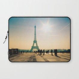 tour eiffel architecture in Paris Laptop Sleeve
