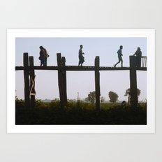 U Bein Crossing Art Print
