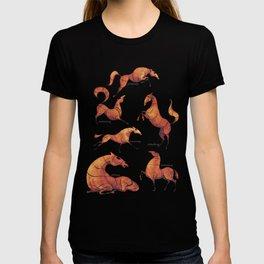 Horse poses T-shirt
