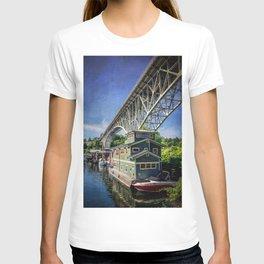 Houseboat and Aurora Bridge T-shirt