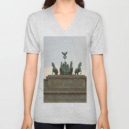 Victory, Brandenburger Gate statue Berlin Unisex V-Neck