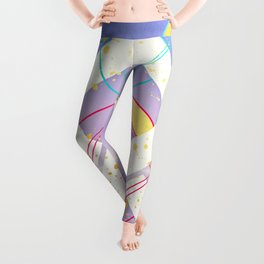 Linked Lilac Diamonds :: Floating Geometry Leggings