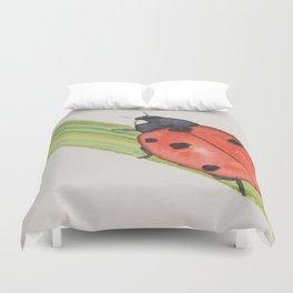 Ladybird on a blade of grass Duvet Cover
