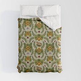 Wetlands Creatures - Toads, Snails, Dragonflies & Marsh Marigolds Duvet Cover