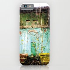 Nature finds the way inside... and outside... Slim Case iPhone 6s