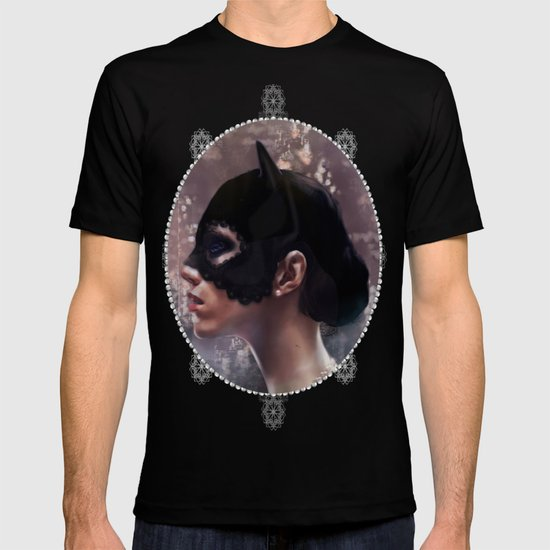 Pearls T-shirt