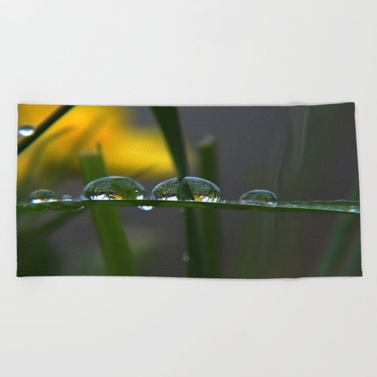GREEN ART Beach Towel