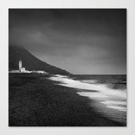 Salinas beach. BW Canvas Print