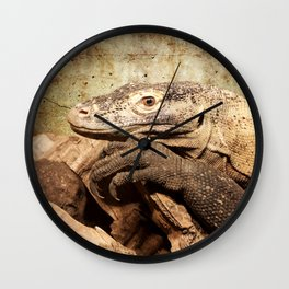 Komodo dragon- Wild reptile - predator - Animal Wall Clock