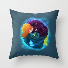 A Mhaighdean Bhan Uasal Throw Pillow