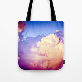 Towers Of Pink Cumulus Clouds In The Summer Sky At Sunset Tote Bag