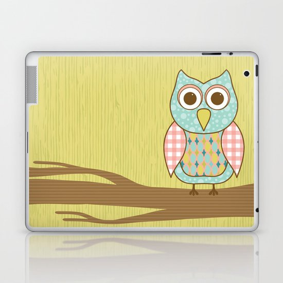 Owl on Tree Branch Laptop & iPad Skin