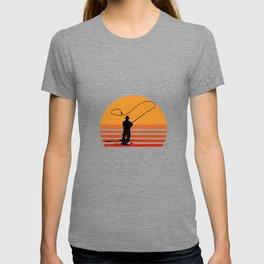 Vintage Fly Fishing Angler Gift T-shirt