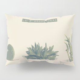 love grows here Pillow Sham