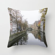 Brugge in the mist Throw Pillow