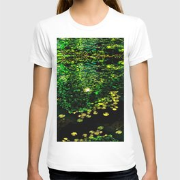the Water Lilly T-shirt
