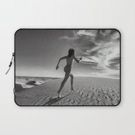 0816B Sandy Dune Nude | The Dash Laptop Sleeve