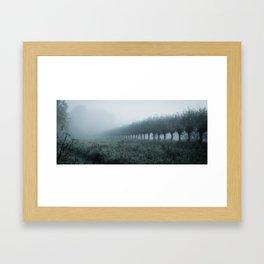 Die Dinge sind nie so wie sie sind Framed Art Print