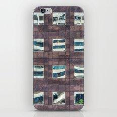 24 iPhone & iPod Skin