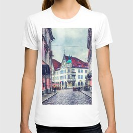 Tallinn art 11 #tallinn #city T-shirt