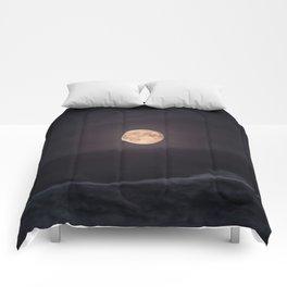 Full Moon over the Ocean Comforters
