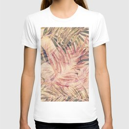 Palm Leaves in pink T-shirt