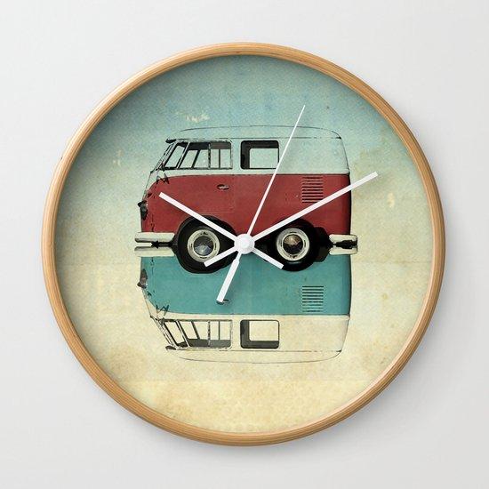 Kombi mini Wall Clock