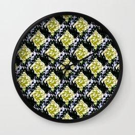 Light Beam Pattern Wall Clock