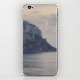 El drac d'Es Vedrà iPhone Skin