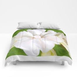 White Flowers | Flower | Floral | Nadia Bonello Comforters