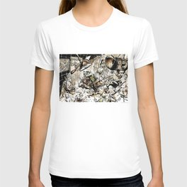 Naked Lunch by Anna Helena Szymborska T-shirt