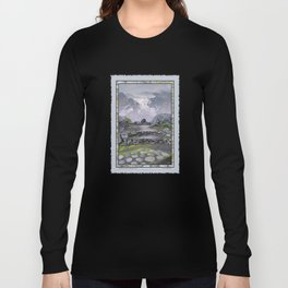 WALKWAY TO THE HANGING GLACIER Long Sleeve T-shirt