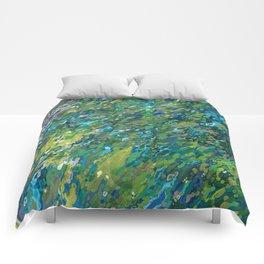 Mossy Waterfall Juul art Comforters