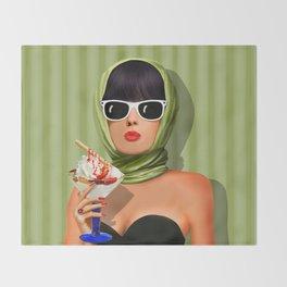 Summer love, summer ... sun and ice cream Throw Blanket