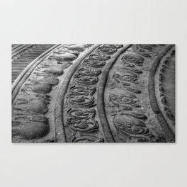 Moonstone in front of the entrance of the Angurukaramulla Tempel Canvas Print