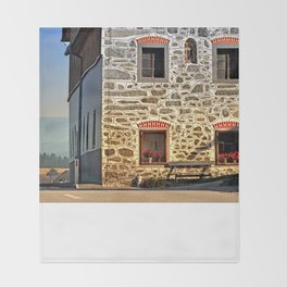 Traditional farm with beautiful front | architectural photography Throw Blanket